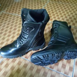 Sepatu Pantopel Tokopedia