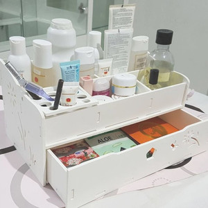 Rak Kosmetik Rak Make Up Acrylic Makeup Organizer 001 Tokopedia