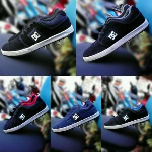Jual DC Shoes 39-43 sepatu pria sneakers sekolah kets casual black grey red 65726d8e6a