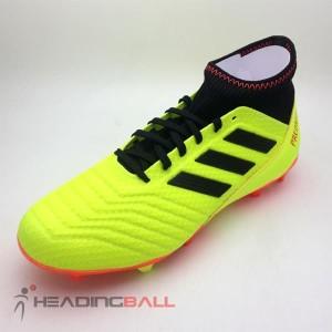 Sepatu Bola Adidas Predator Tokopedia