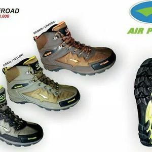 Sepatu Gunung Airprotec Offroad Not Consina Not Eiger Tokopedia