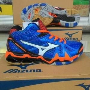 Jual Sepatu running lary gym volly Mizuno Wave Tornado 9 High original.  tokopedia c41a24fb28