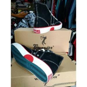 Sepatu Warrior Pria Sepatu Sekolah Tokopedia