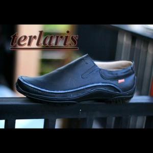 Sepatu Kickers Slide Black Tokopedia