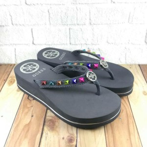 Produk Sandal Guess Original Sale - Harga Bersatu webid 4fc1dd6bab