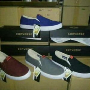 Sepatu Slip On Converse Berkualitas Tokopedia