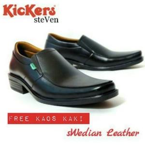 Sepatu Pantofel Kickers Pria Tokopedia
