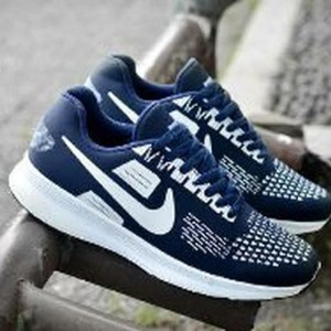 Sepatu Sport Pria Trendi Nike Md Runner Sepatu Santai Sepatu Jalan Sepatu Sekolah Sepatu Joging Sepatu Kulit Sneaker Slip On Olahraga Sepatu Kerja Pria Wanita Anak Tokopedia