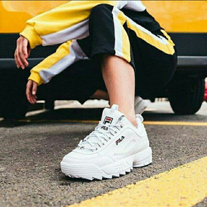 Sepatu Sneaker Tokopedia