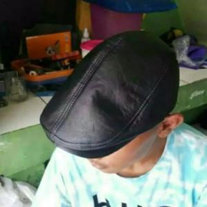 Jual Topi PET kulit asli   topi kulit pria maher zein copet pelukis kodok 963160aec0