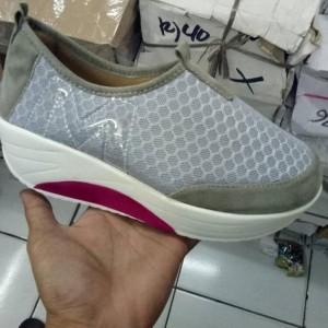 Sepatu Cewek Kets Keren Tokopedia
