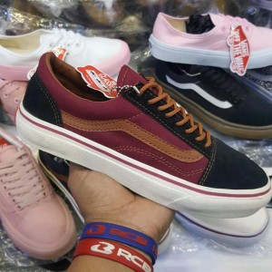 Vans Oldschool Sepatu Cowok Tokopedia