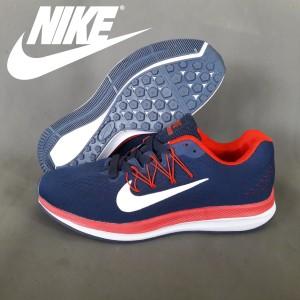 Daftar Harga Sepatu Nike Ringan Anti Licin Awet Dan Kuat Tahan Lama ... 79ec94644f