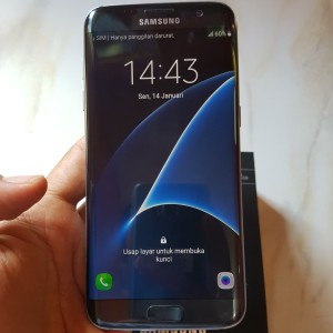 Samsung S7 Edge Dual Sim Ram 4gb Internal 32gb Second Seken Sein Tokopedia
