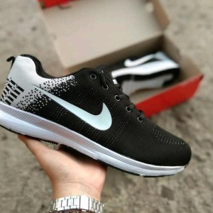 Daftar Harga Sepatu Nike Running Dan Olahraga Wanita Nike Slip On ... 8c9c283f52