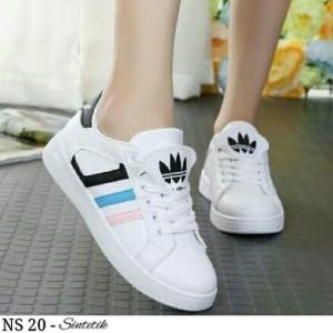 Jual Sepatu salem hitam 3 garis warna tali sport olahraga jogging adidas 594e3ee36a