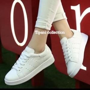 Sepatu Wanita Kets Putih Bolong Tokopedia