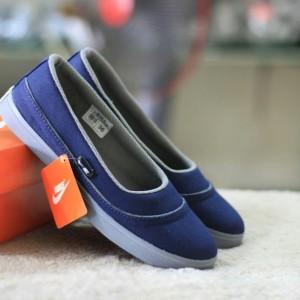 Sepatu Slip On Nike Wanita Tokopedia