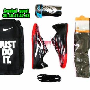 Sepatu futsal Specs LightSpeed bonus kaoskaki deker dan tas