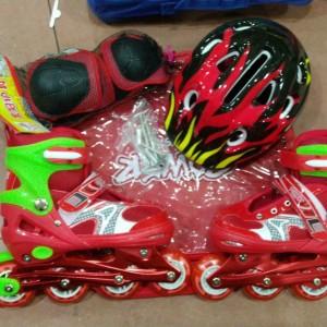 Jual Sepatu Roda Inline Skate Fullset Helm dan deker Bisa set model Bajaj 45468f1874
