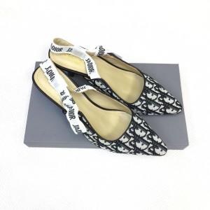 Cari Produk Sepatu Wanita Flat Shoes Dior 5073 - Harga Bersatu ID 765ccd6a93