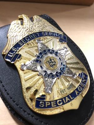 Replika lencana dan ID badge US Secret Service