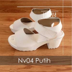 Platform wanita sandal putih chiara ferragni