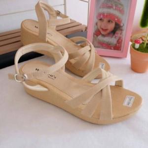 Sandal wedges amita