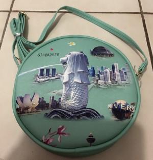 Tas Slempang Bulat Singapore Hijau