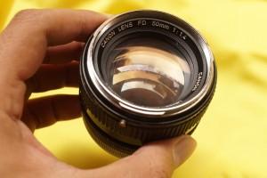Lensa Manual - Canon FD 50mm F/1.4 Chrome Nose