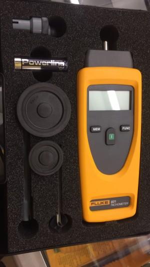 Fluke 931 Digital contact non-contact tachometer Rpm meter Orignal