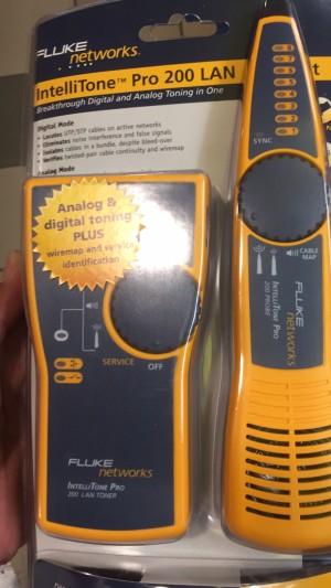Fluke MT-8200 Network Intellitone Toner and Probe Kit 60A MT8200