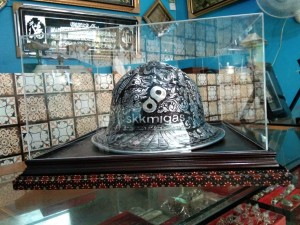 Helm Ukir Demang/ Mandor khas Kotagede Yogyakarta