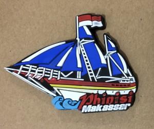 Magnet Kulkas Kapal Phinisi Makassar biru
