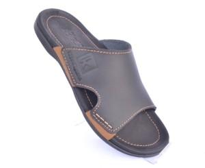 Sandal Kulit Kickers Slip On Hitam