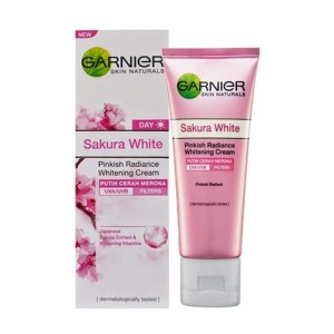 Garnier Sakura White Day Cream - 20 mL