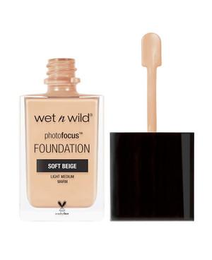 Wet n Wild Photofocus Foundation - Soft Beige - 30 mL