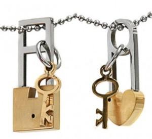 Couple Gold Lock Love