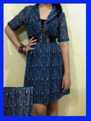 dress bunga biru