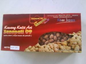 Kacang Kulit Ari