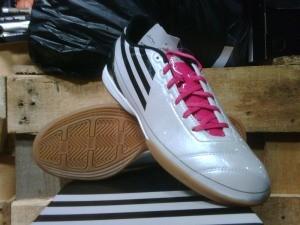 Adidas F10 White Pink