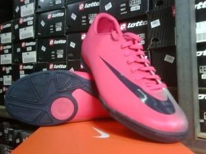Nike Mercurial Victory Pink  Original