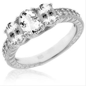 Genuine White Topaz Ladies Ring Solid .925 Sterling Silver