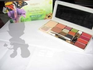 Beauty Kit Sari Ayu Trend 2010