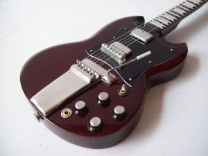 Gitar Miniatur Gibson SG Angus Young ACDC3