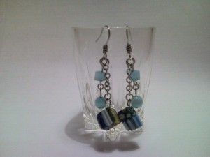Anting Cat Eye & Cubic In Blue