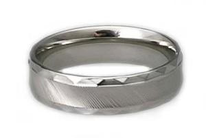 Glass Fur Ring