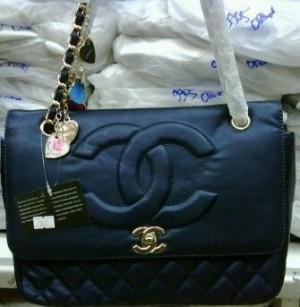 Chanel 5172 blue