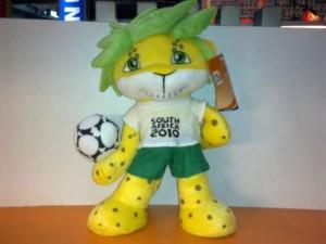 SALE 40%-Boneka Maskot Sedang - FIFA 2010