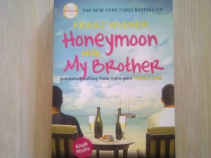 Buku Honeymoon With My Brother (kondisi 98% mulus tanpa coretan)